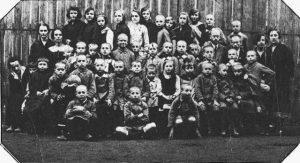 800px-janusz_korczak_-_nasz_dom_-_1920-28-640x347